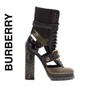 BURBERRY Lace-Up Combat Boot Brand New